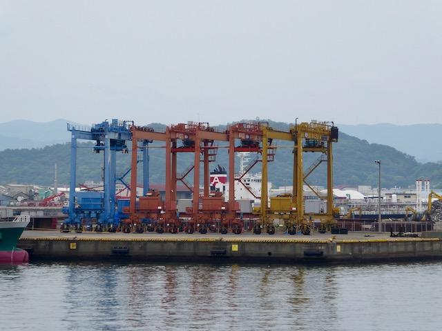和歌山港のクレーン2