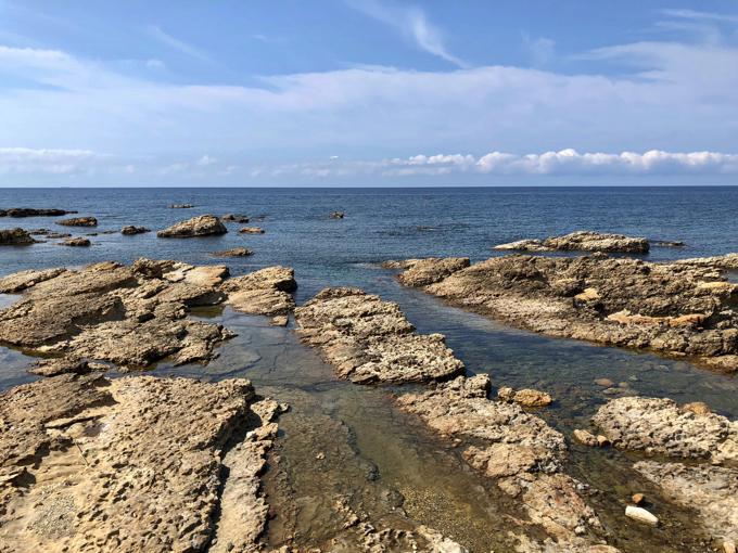 日本海は青が強い仁江海岸