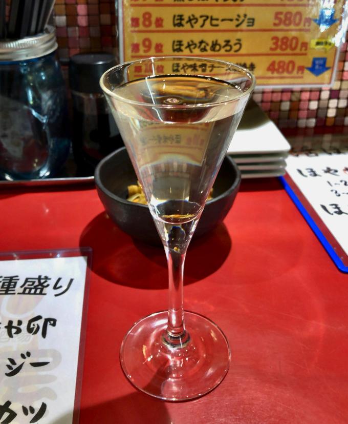 まぼ屋の飲み放題のグラス